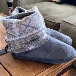 Muk Luks- slippers